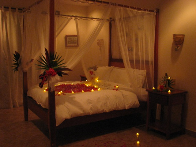 wedding night room decorations