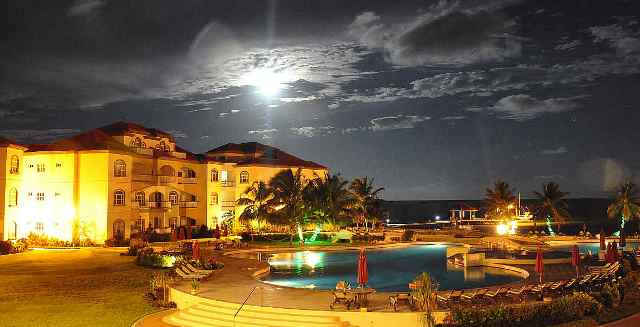 full moon picture belize