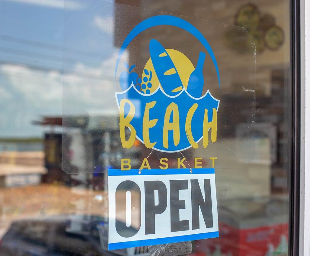 Beach Basket - San Pedro Ambergris Caye Belize Restaurants