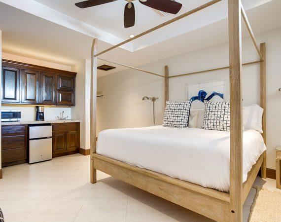 Ambergris Caye Belize 2 Bedroom Oceanfront Deluxe Condos