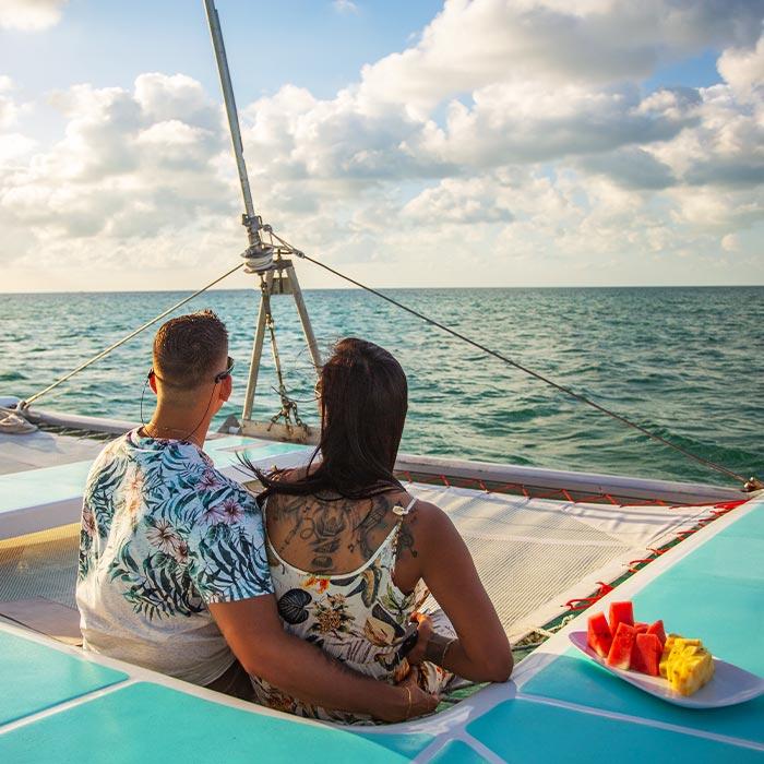 Belize Adventure Tours - Sailing