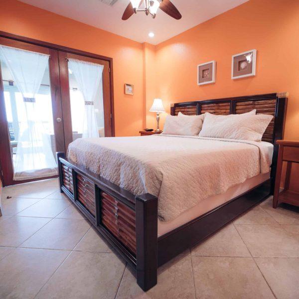 1 Bedroom Oceanfront1-2 Guests